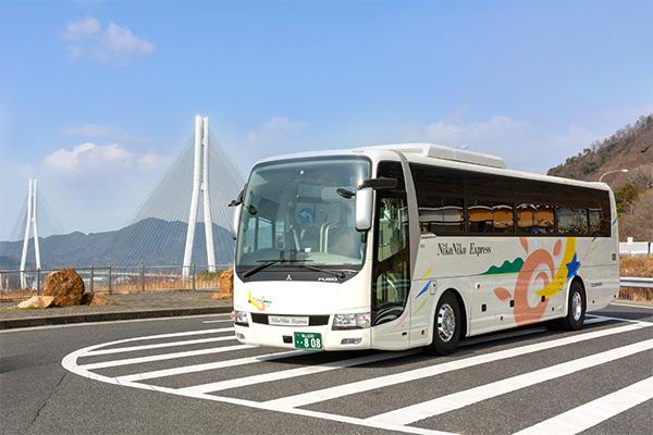 大型バス(サロン付き Bタイプ)